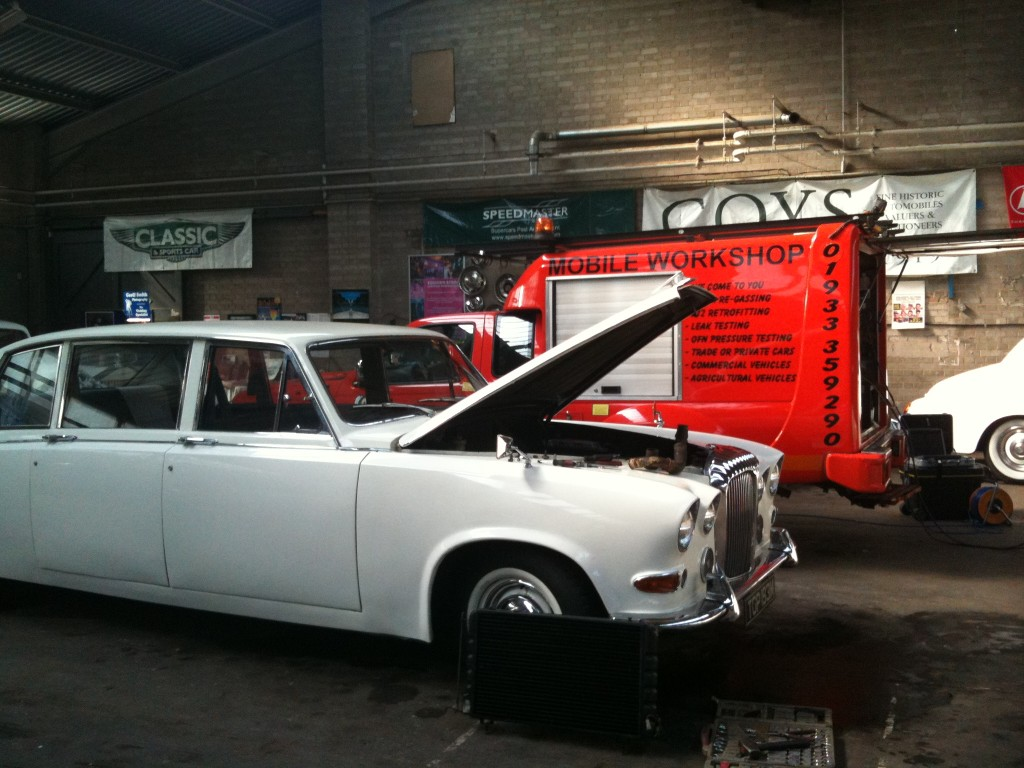 Jaguar-Wedding-Cars-2-1024x7681