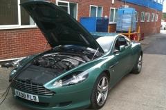 Aston-Martin-DB9-21