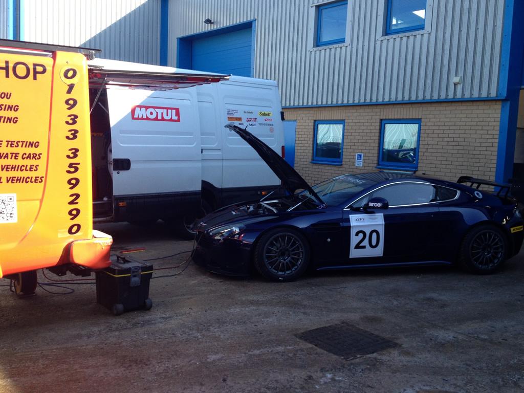 Aston-Martin-Vantage-GT3-12