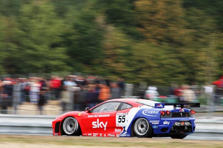Scuderia-Ferrari-F430-GT4-53
